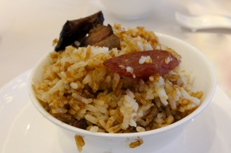 Cantonese Sausage With Rice in Clay Pot