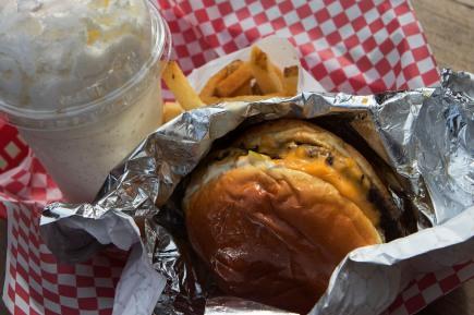 Cheeseburger & Vanilla Shake